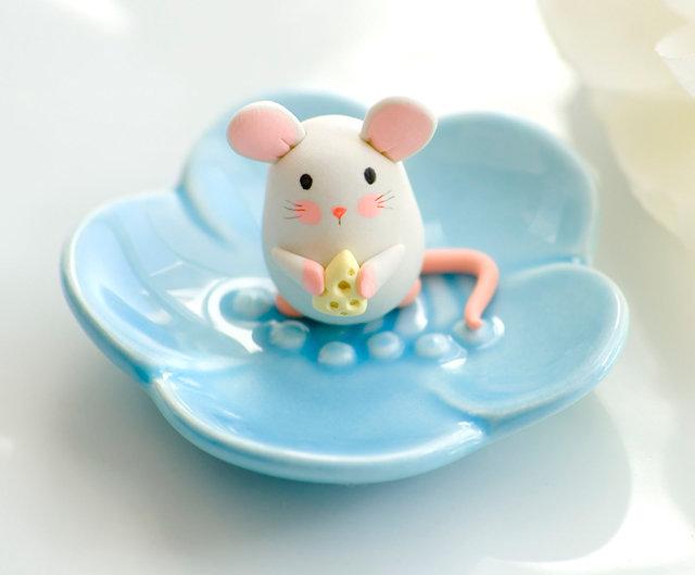 мишка с сыром