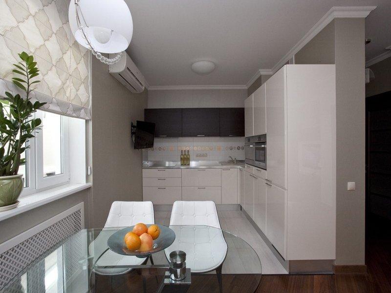 """Длинная узкая кухня со стильным дизайном"""" - карточка пользов."""