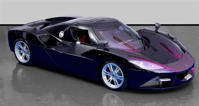 Английская компания Arash Cars опубликовала относительно практически готового к производству флагмана модельной линейки Arash AF10.