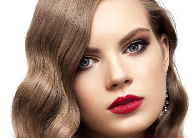 Используйте классический макияж для ежедневного мейк-апа.