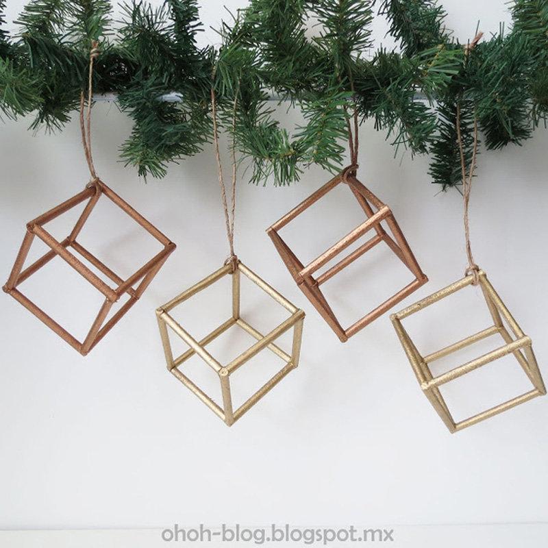 Игрушки-кубики из деревянных палочек