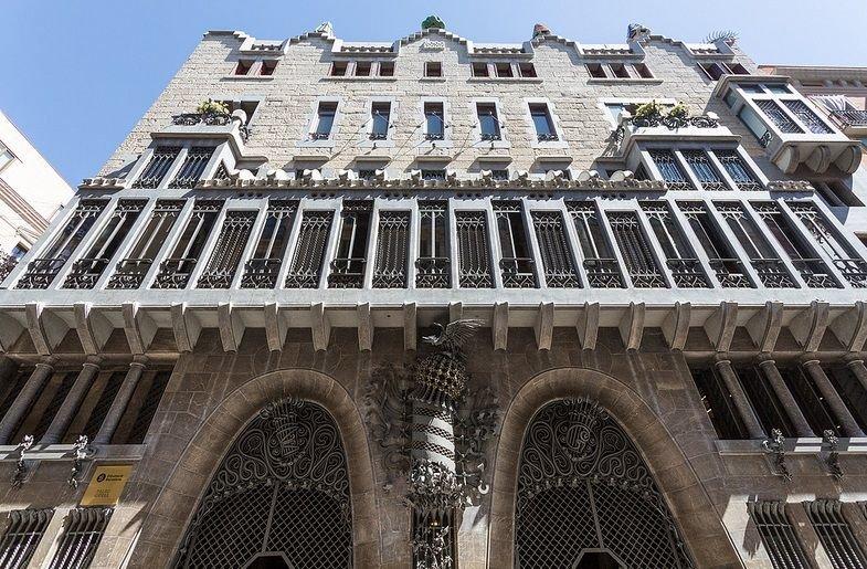 Барселона — территория Гауди