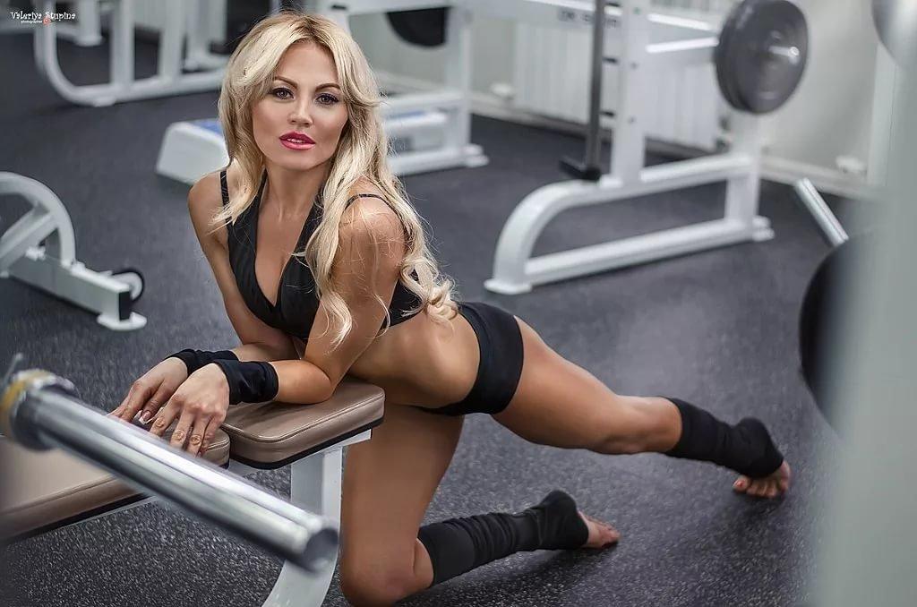 видео девушек в фитнес зале забудьте том