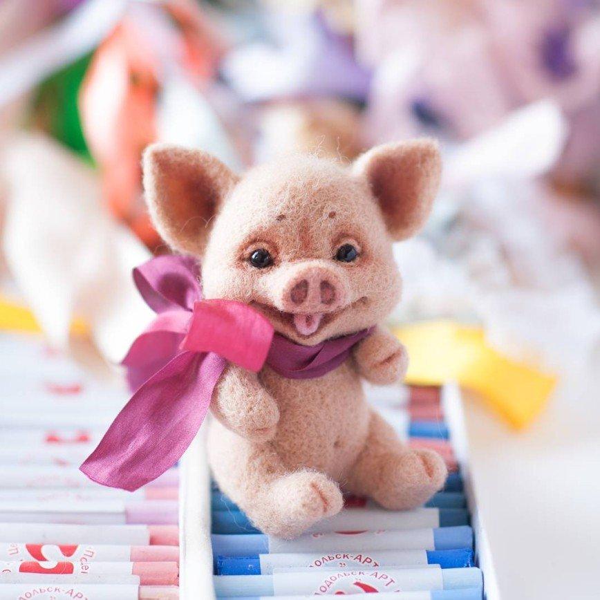игрушки из войлока, которые понравятся не только детям, но и взрослым, ведь они сделаны своими руками, а значит, несут в себе заряд позитива, бодрости и частичку чужого сердца!