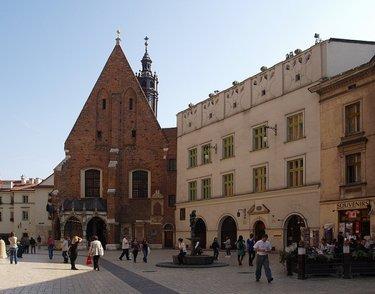 краков.церкви на рыночной площади