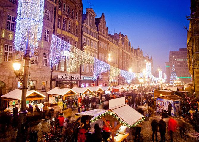 рождественский базар по-польски, в одном из самых крупных и старых городов Польши Вроцлаве начинается со Свидницкой улицы