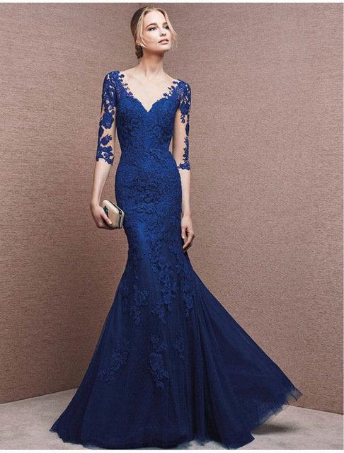 Синее свадебное платье с рукавами