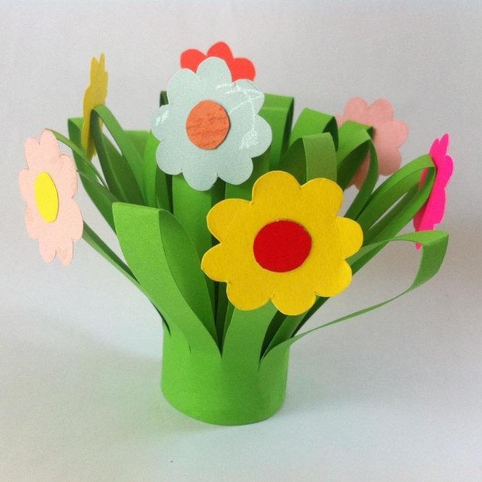 Открытка для малышей 2-3 лет тема цветы