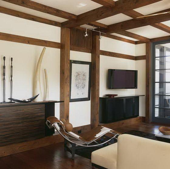 Интерьер в японском стиле имеет отличительные особенности: минимализм, природность и гармония. Цветовая гамма и обстановка подчинены этим принципам.