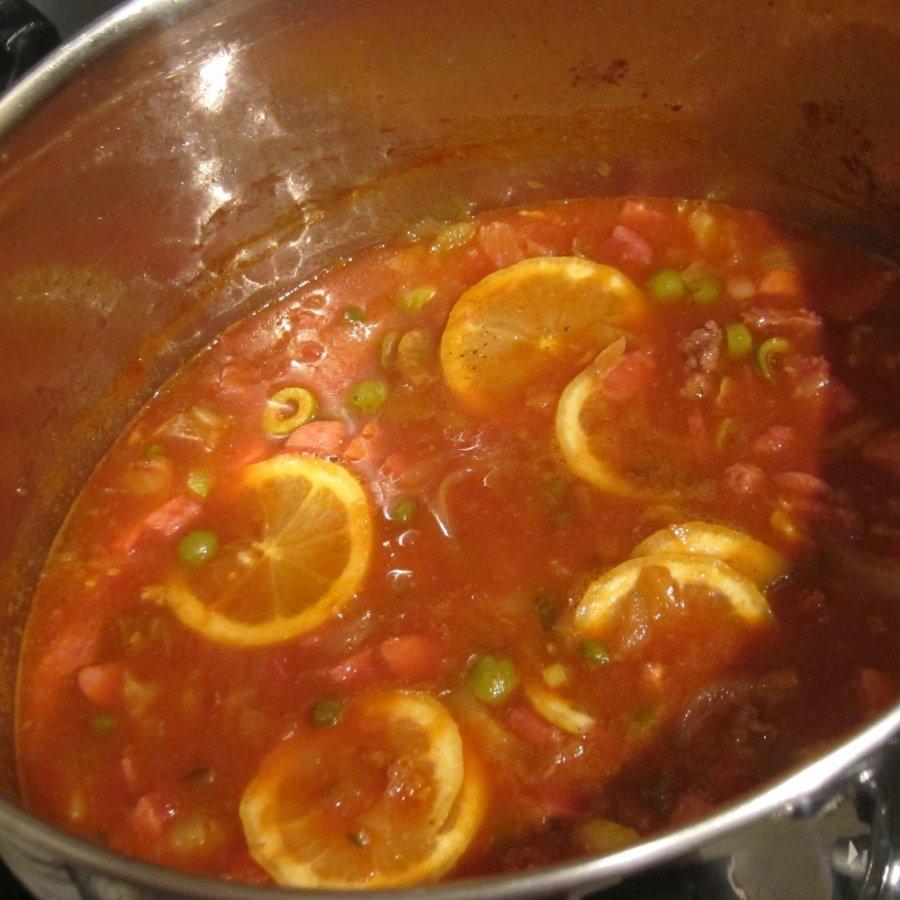 суп солянка с колбасой и маслинами рецепт
