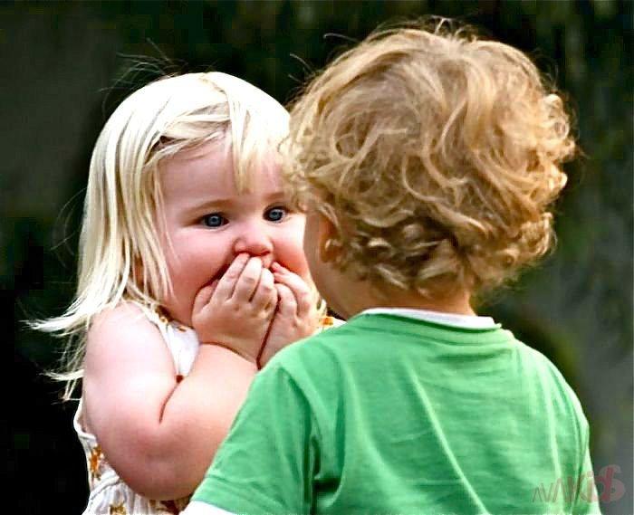 Приколы на картинке с мальчиком и девочкой, своими руками ребенка