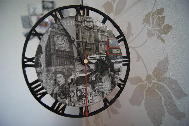 Часы настенные Старый Лондон ручная работа. Вещь продаётся самим автором без наценки торговой площадки.