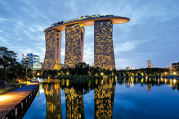 Marina Bay Sands (Сингапур, 2010)