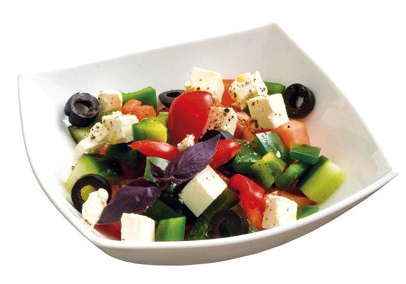 Летний салат греческий