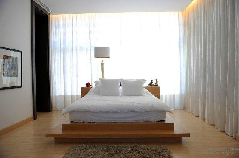 Спальня в стиле минимализм с сочетанием трех цветов