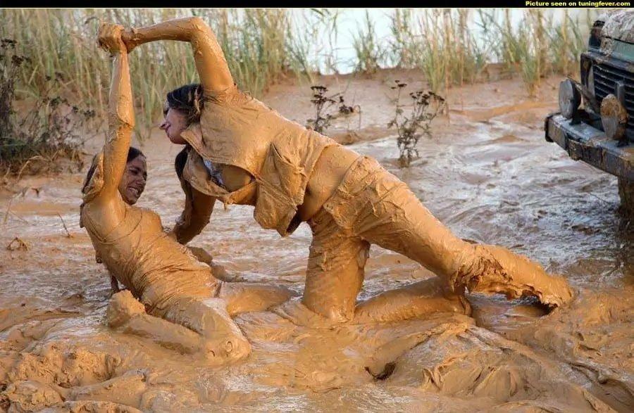 женская грязная борьба фото есть