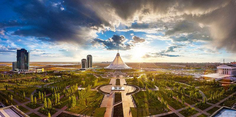 «Хан Шатыр» (Астана, Казахстан)