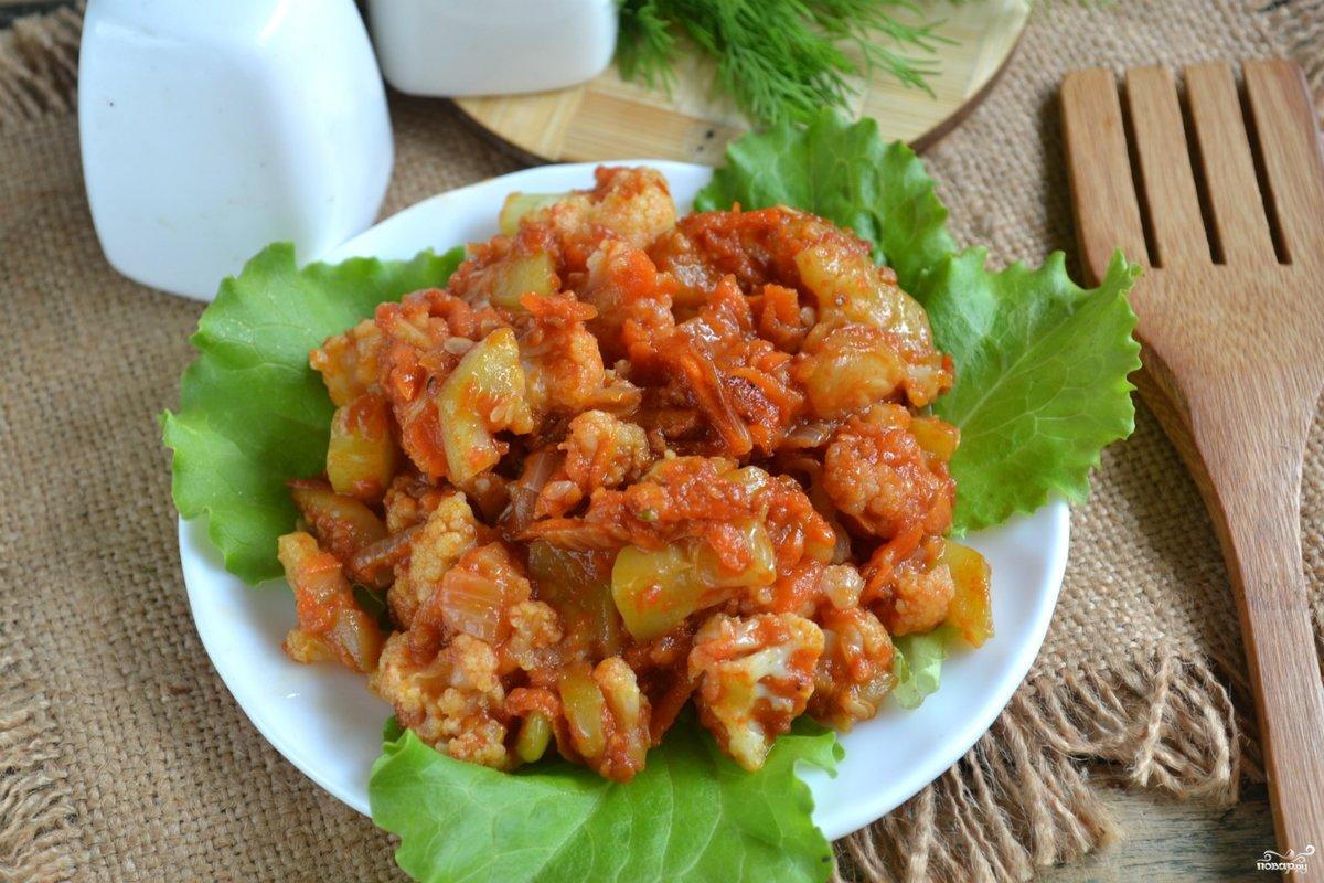 овощное рагу с капустой кабачками и фаршем