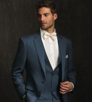 96b692f1b46b Мужские костюмы помогут молодому человеку создать актуальный, стильный и  неповторимый образ