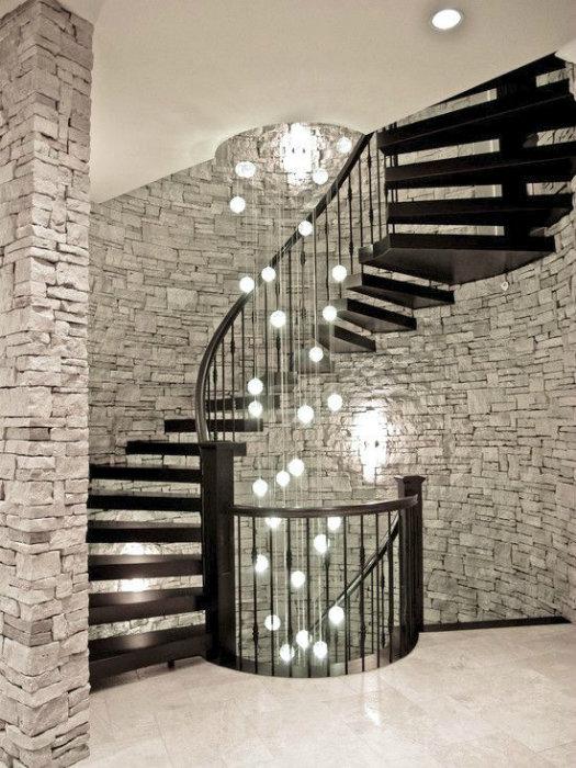фантастическое оформление лестницы