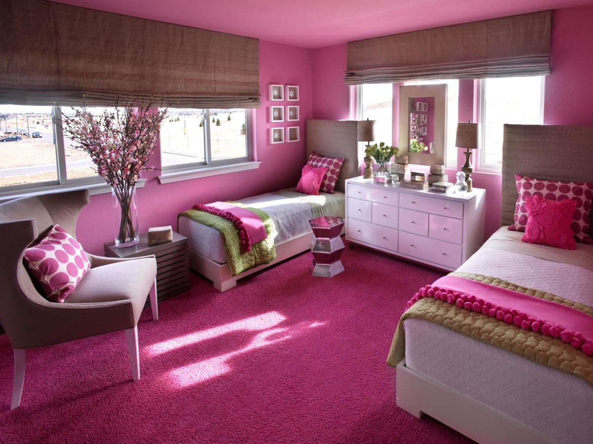 Photo young girls room