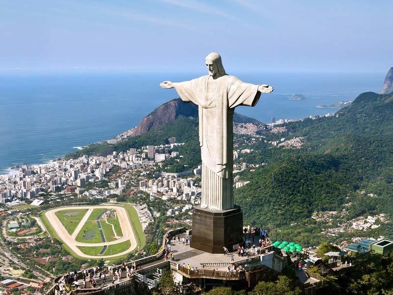 Иисус-Искупитель в Рио-де-Жанейро