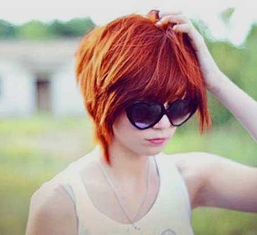 фото рыжей девушки с короткими волосами со спины предположить что