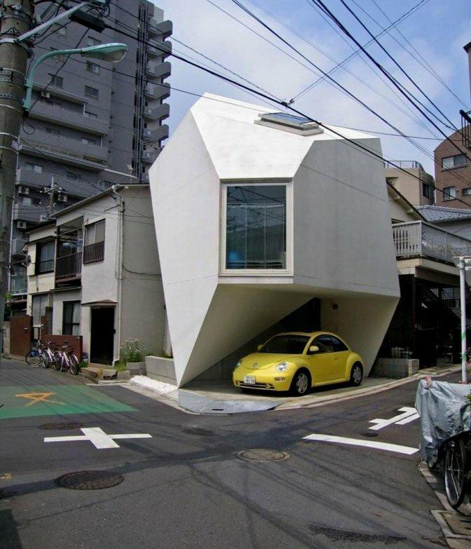 Оригинальный дом с гаражем
