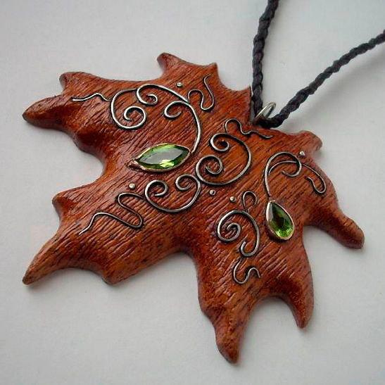 украшения из дерева и металла Дьяконов