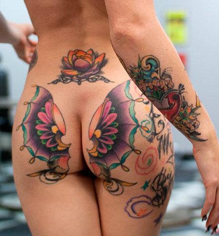 Сексуальные татуировки на ягодице