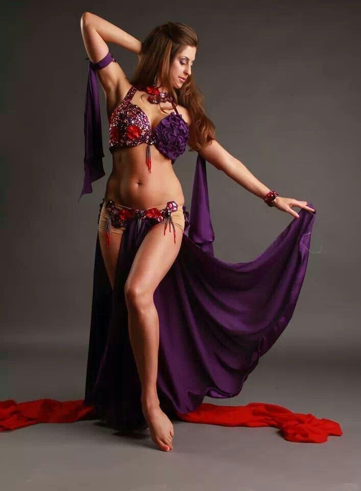 втором женские фото танцев живота сейчас продается огромное