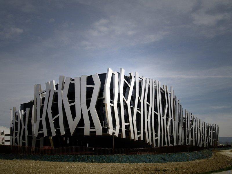 Офис сбербанка, который недавно построили в городе Vitoria-Gasteiz (на севере Испании).