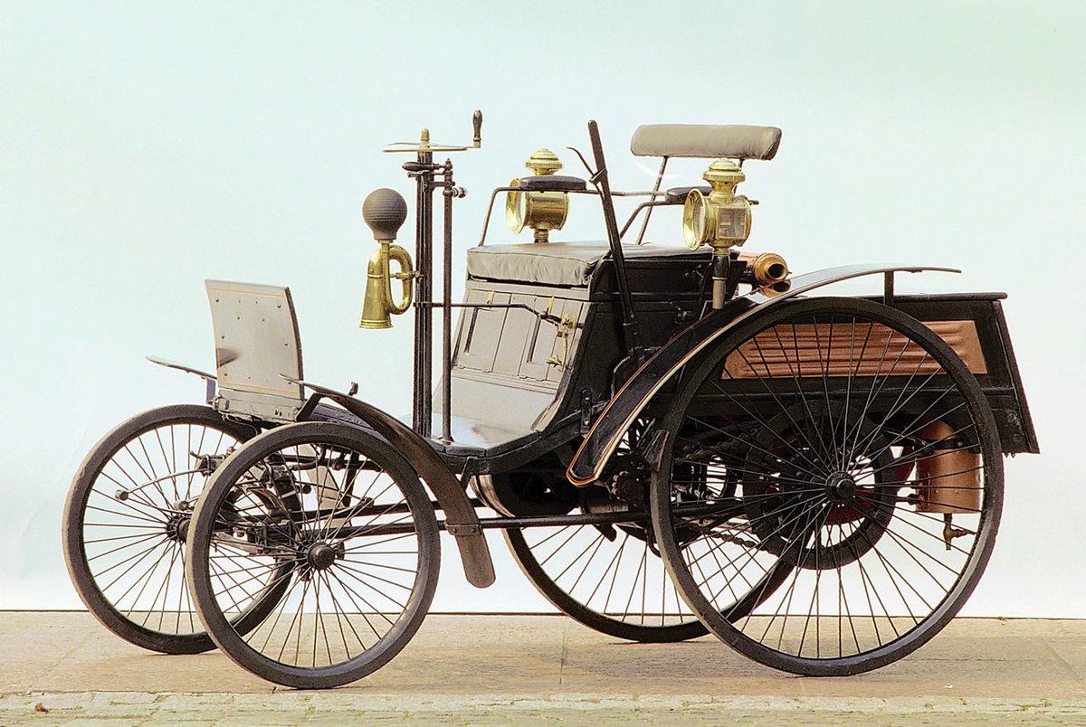 остальных картинки первые в мире автомобиль этом фоне