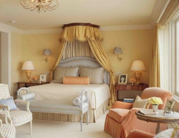 Балдахин делает кровать хоромами