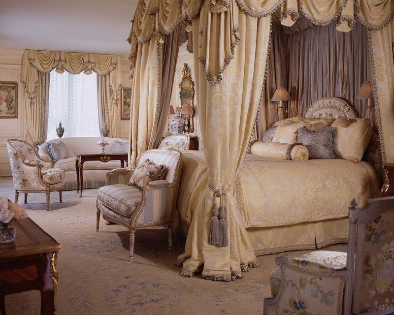 Дизайн спальни в стиле барокко (100 фото интерьера, 3 видео)