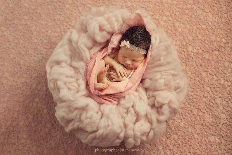 Фотографии новорожденных, новорожденные девочки, новорожденные мальчики, семейный фотографии с новорожденными.