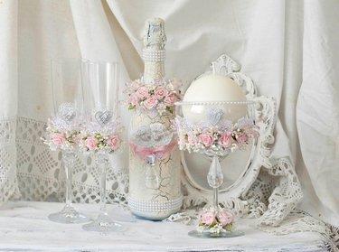 свадебные бутылки в стиле шебби шик