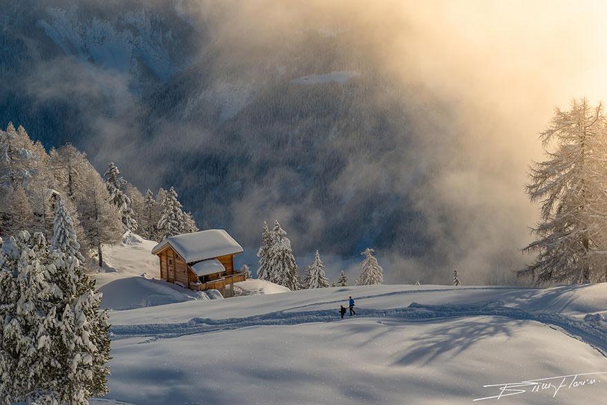 Kućice na  vrhu planine Orig