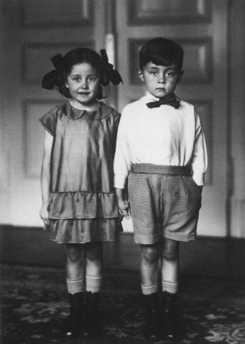 черно-белое старое фото