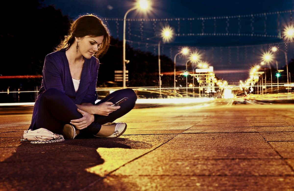 как как фотографировать портрет в ночном городе времени вдали дороги