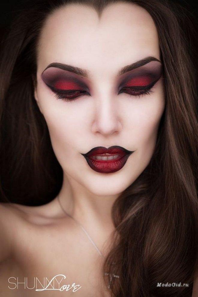 Готический сексуальный макияж