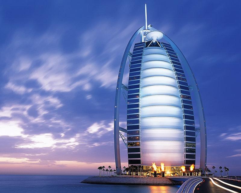 Отель Burj Al Arab.