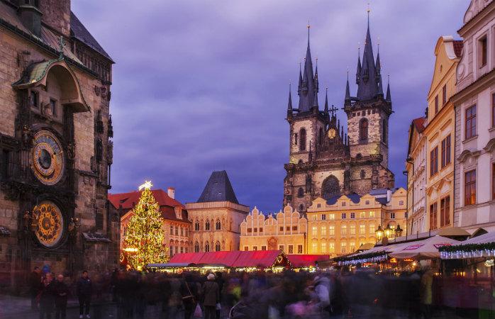 Старинный город, праздничная атмосфера, вкуснейшая еда и масса интересных событий.