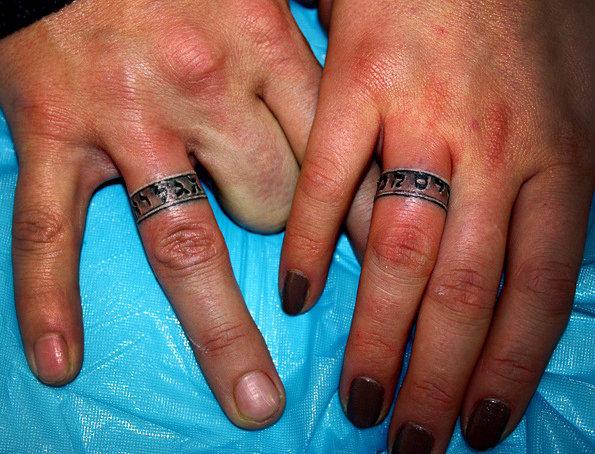 тату обручальные кольца фото
