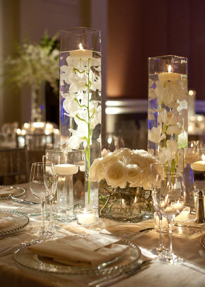 Белые свадебные свечи