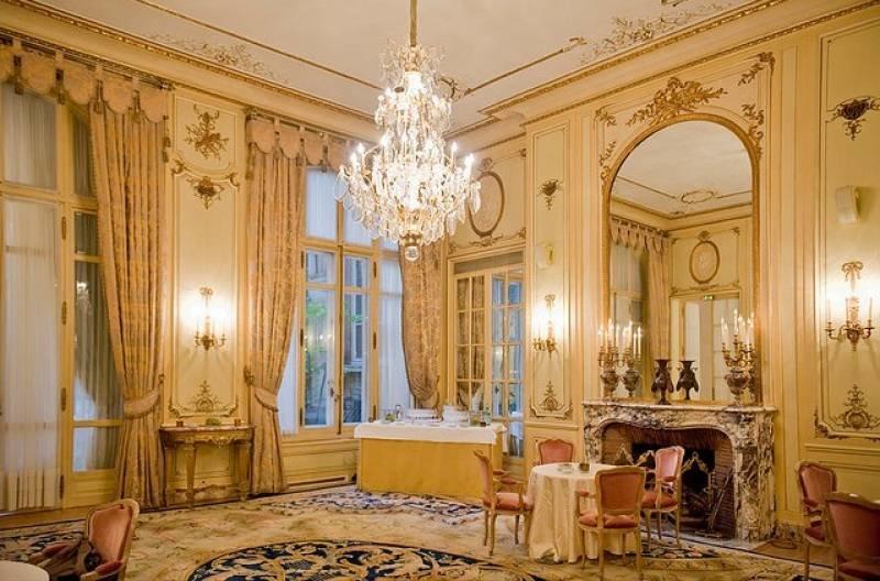 Очень красивый викторианский стиль в интерьере