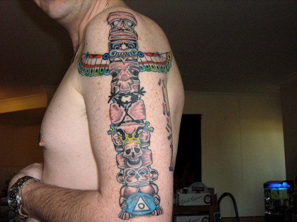 Totem Pole Tattoo Totem Poles Are The Arrangement Of Totem Symbols