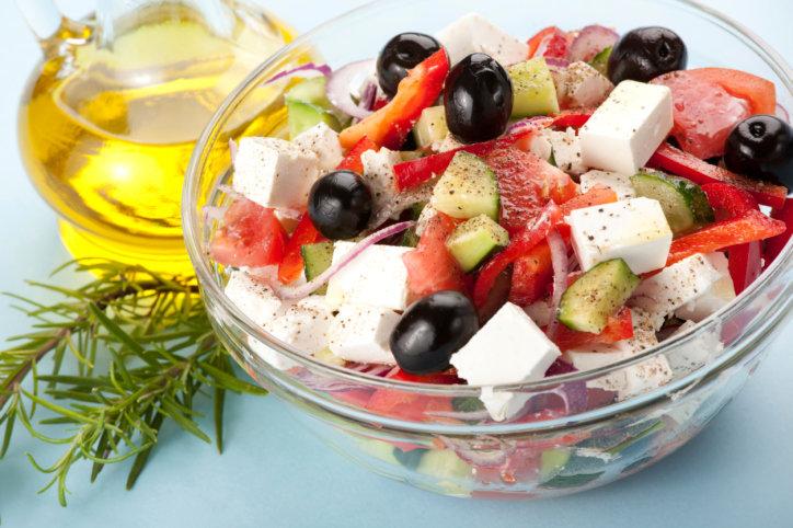 Салат с фетой греческий