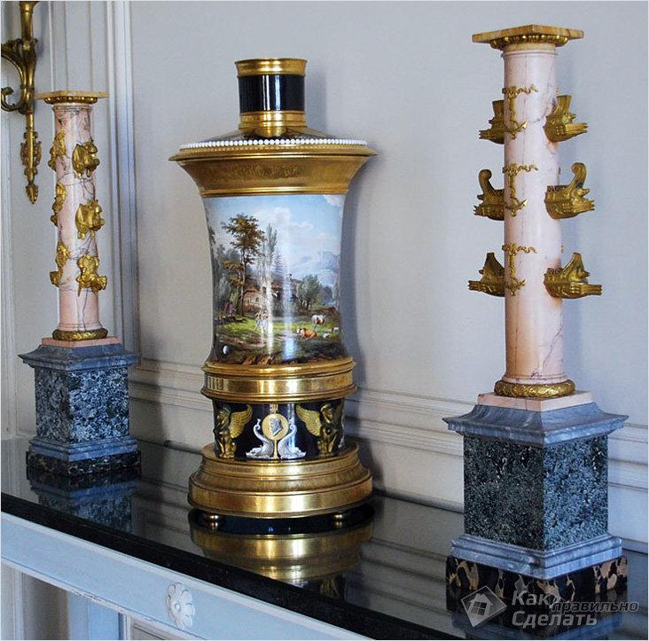 Характерная ваза в стиле ампир
