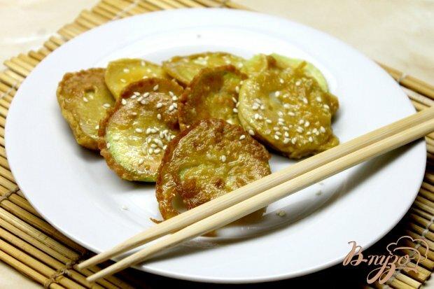 Жаренные кабачки в кляре с добавлением соевого соуса